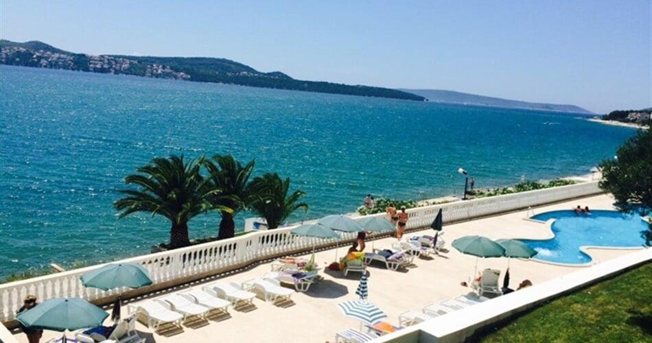 Foto - Seget Donji (Trogir) - Jadran pavilony hotelu ***
